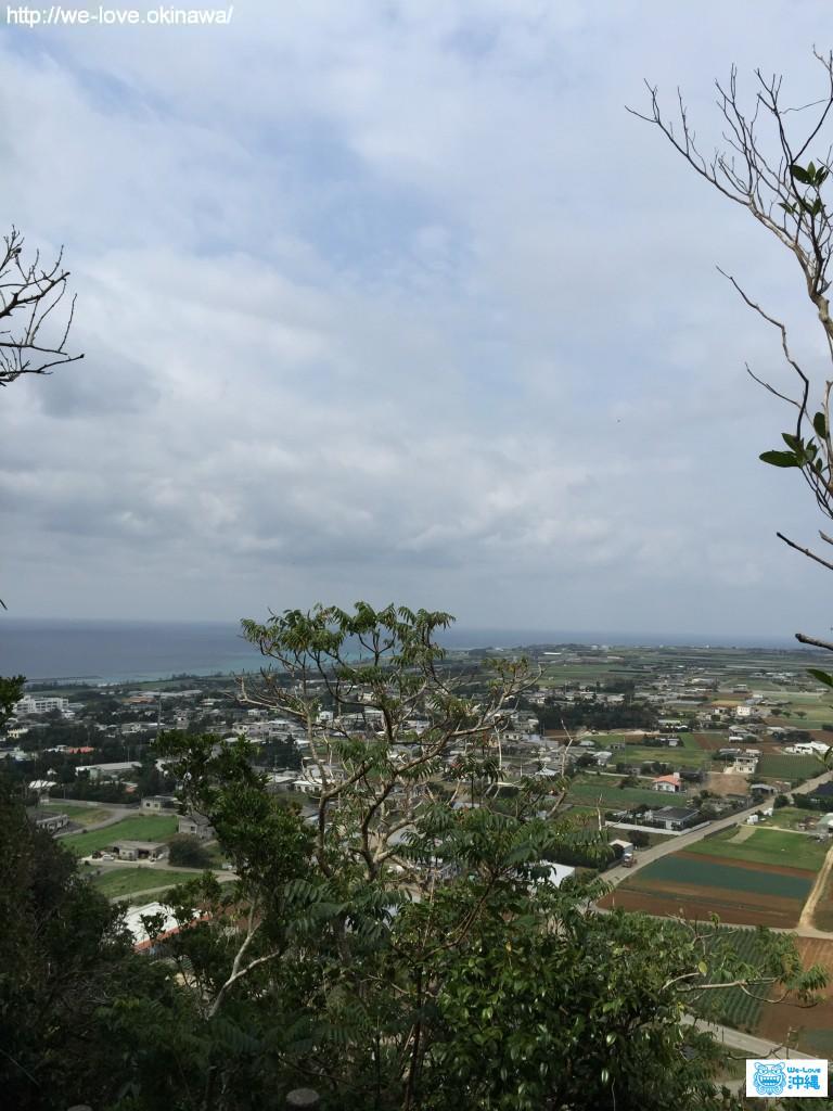 タッチュー登山途中で見られる景色