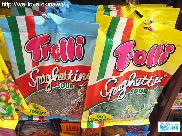 スーパー外国お菓子