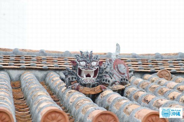 シーサー屋根