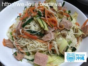 【沖縄料理レシピ】沖縄おばあ直伝!美味しい「ソーミンチャンプルー」の作り方