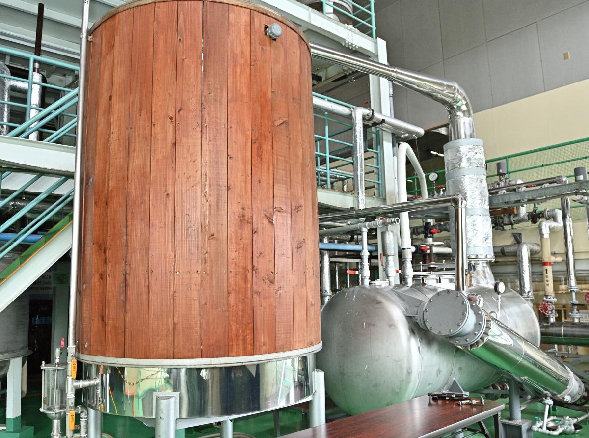 まさひろギャラリー工場見学・巨大な蒸留機