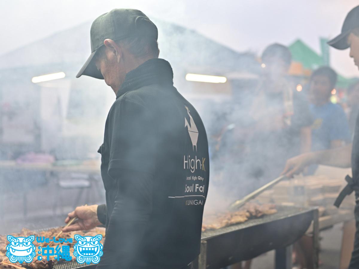 飲食ブース_鶏の炭火焼き