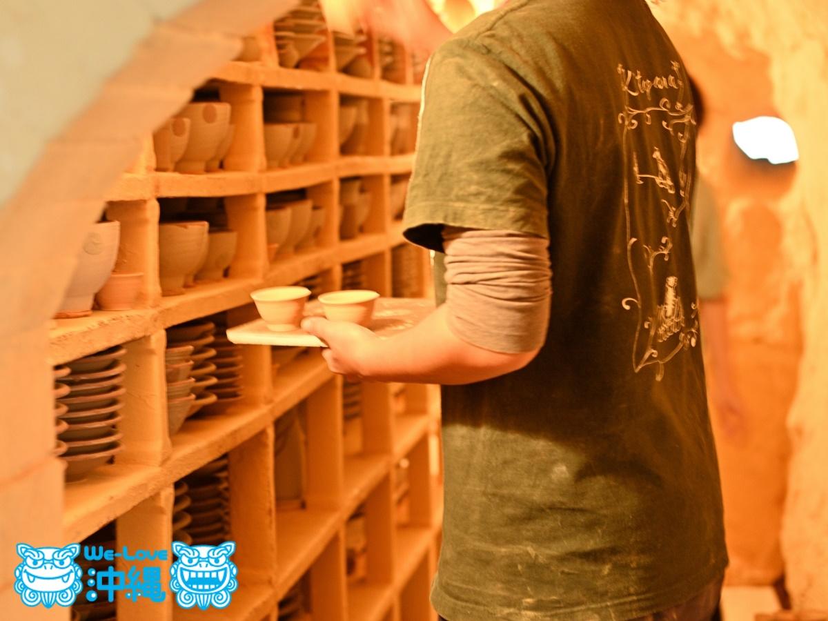 読谷山焼・北窯の登り窯とやちむん作り、火入れ前の窯