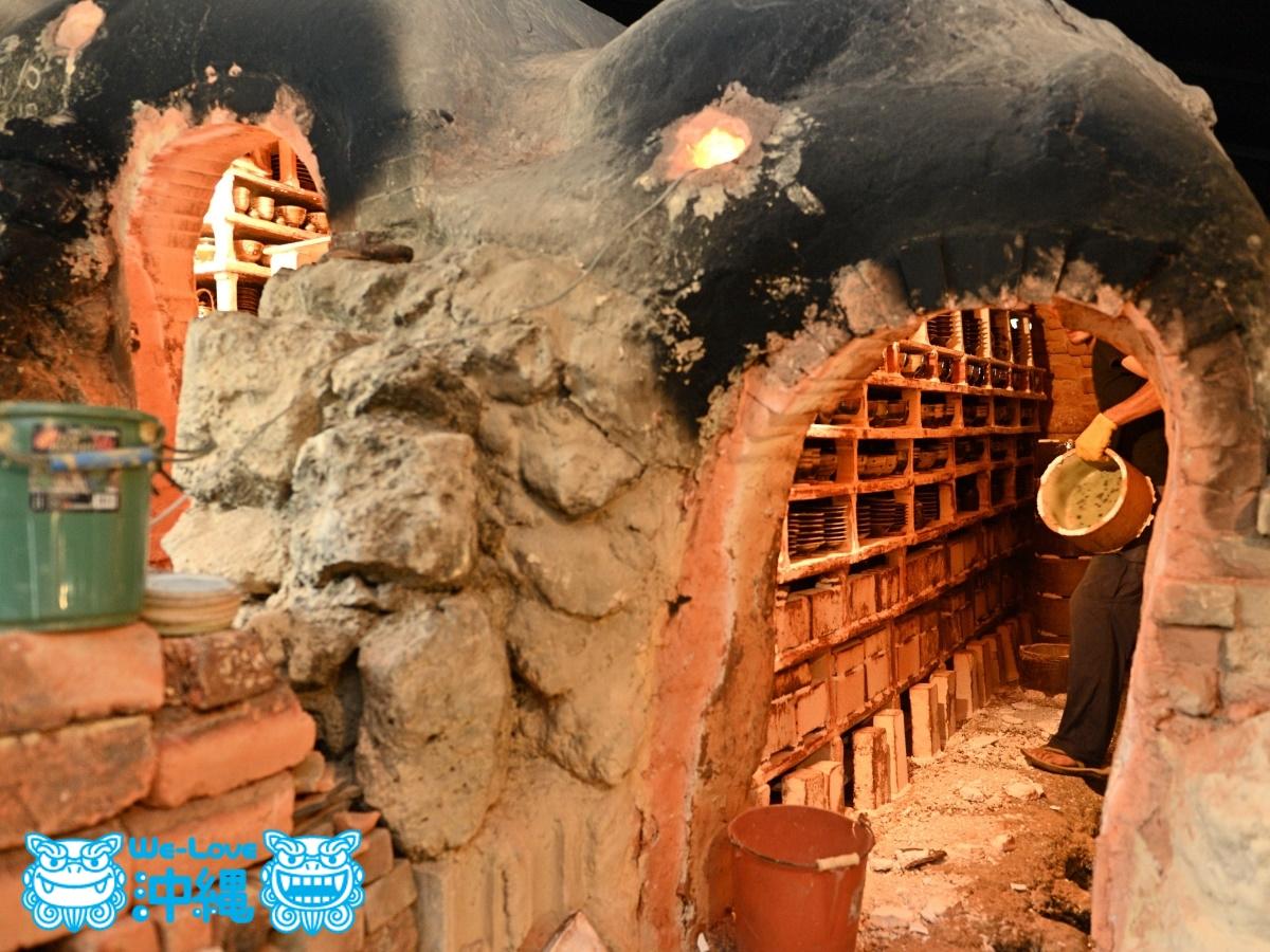 読谷山焼・北窯の登り窯とやちむん作り