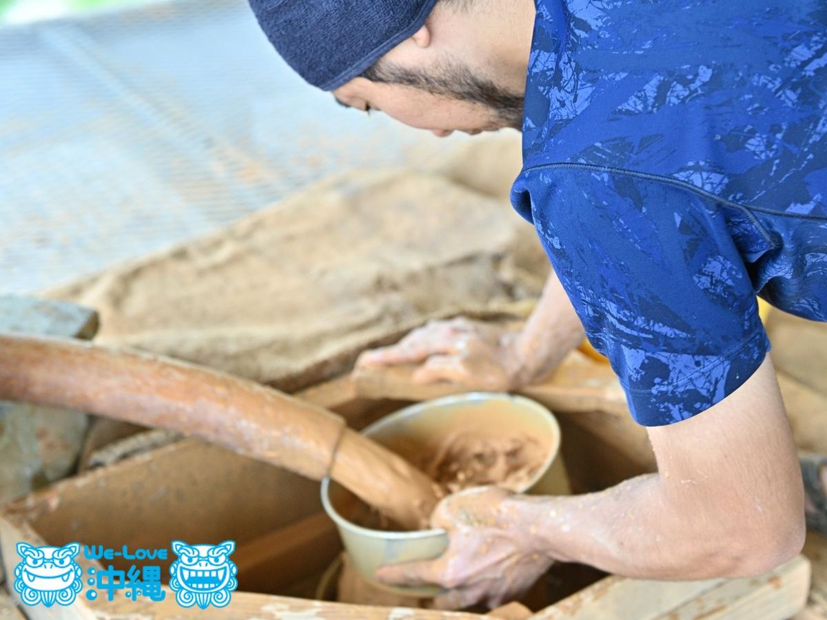 読谷山焼・北窯の登り窯とやちむん作り、土作り