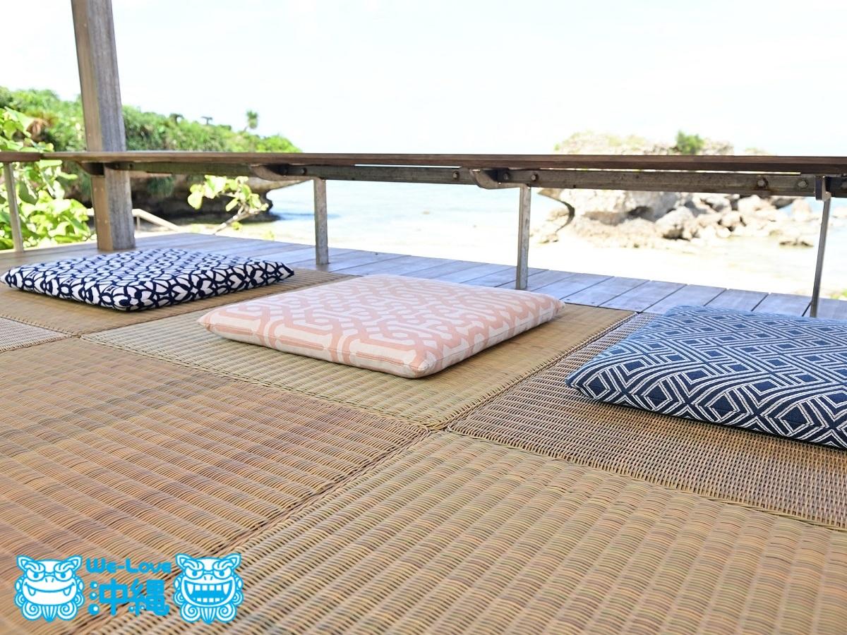 琉球畳をイメージした床