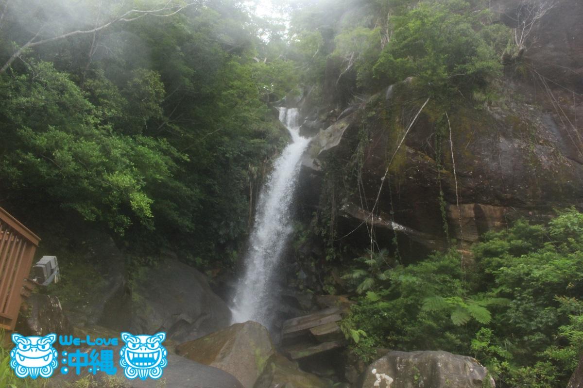 雨上がり 轟の滝